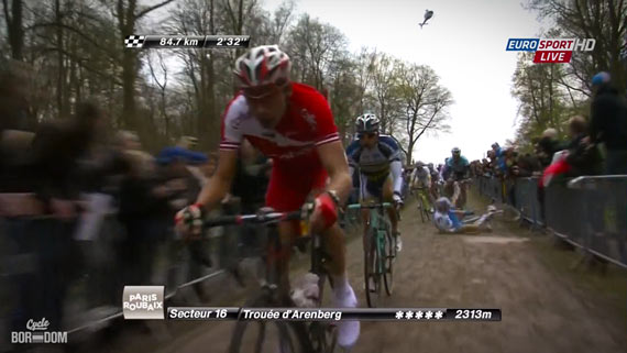 Cycleboredom | Screencap Recap: Paris-Roubaix - Owwwwch!!