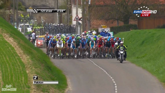 Cycleboredom | Screencap Recap: Paris-Roubaix - Lovely Pelotonal View
