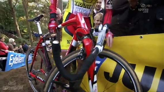 Cycleboredom | Screencap Recap: GP Neerpelt - Red Crux Down