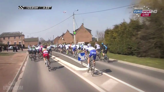Screencap Recap: Paris-Roubaix 2013 - Offredo Down!